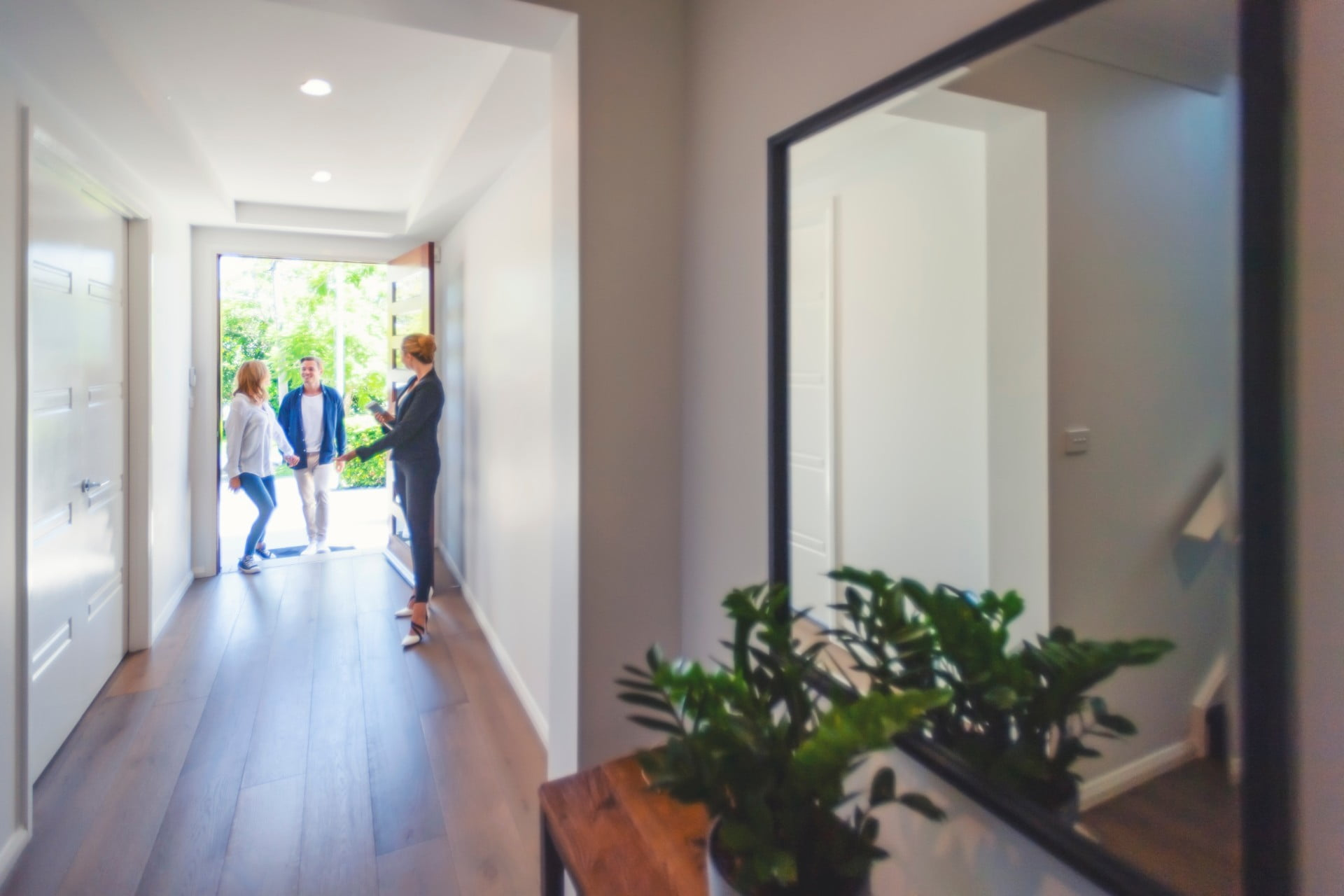 When You Should And Shouldn T Have An Entryway Mirror 21oak