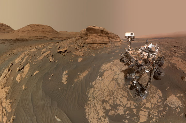 Curiosity's Selfie at Mont Mercou