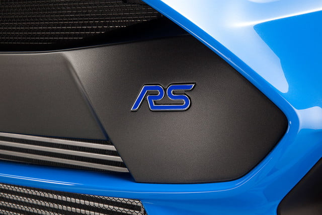 ford focus rs pricing performance specs news 16fordfocusrs 10 hr