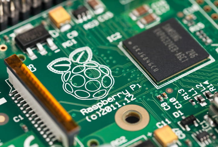 raspberry pi cortana creators update 2013 logo chip