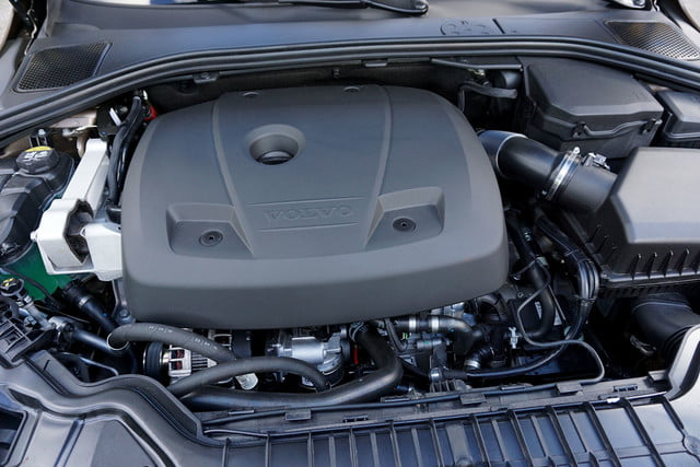 2017 volvo v60 cross country first drive engine
