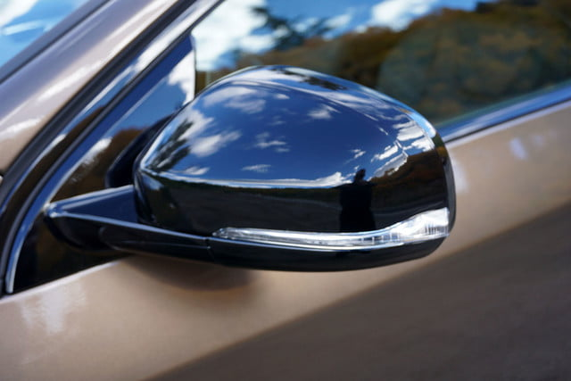 2017 volvo v60 cross country first drive side mirror