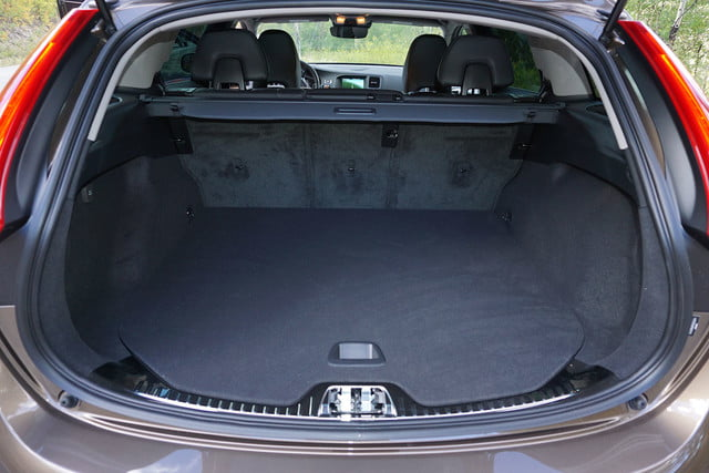 2017 volvo v60 cross country first drive trunk