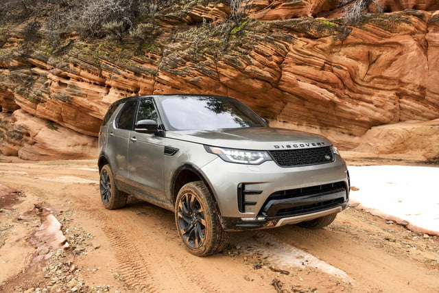 2017 land rover discovery first drive landrover review 000122