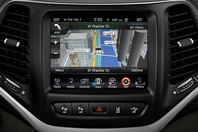 2018 Jeep Cherokee Latitude with Tech Connect