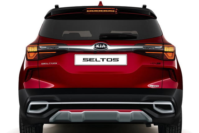 2020 kia seltos is small on size and price but big tech official 5
