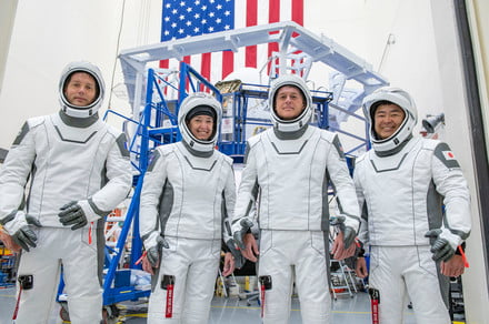<p>The Way to watch SpaceX launch four astronauts on a Trip to the ISS this week thumbnail