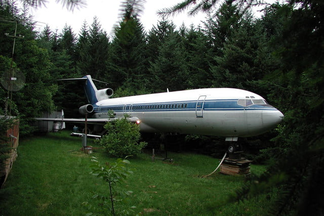 retreat from society and relax in these idyllic cabins around the world airplane home6