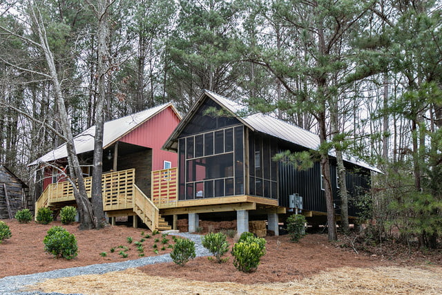 rural studio and serenbe collaborate on 20k homes art farm cottages 0059