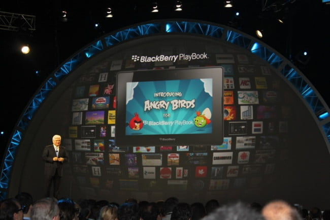 blackberry-playbook-angry-birds-berryreview