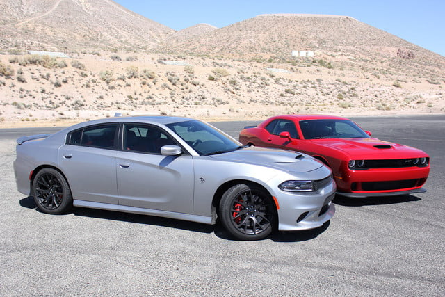 2015 dodge charger challenger srt hellcats track review and hellcat on sides full