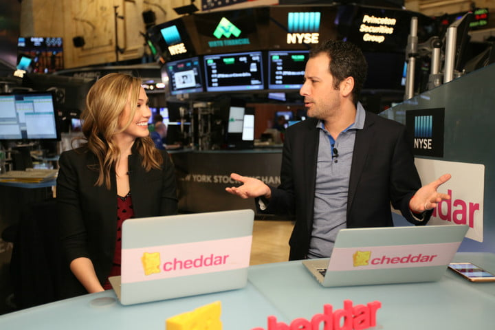twitter cheddar live