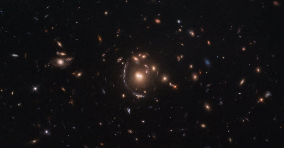 Hubble captures a galaxy distorted by gravitational lensing