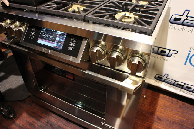 dacors voice activated oven debuts at ces 2015 dacor discovery iq dual fuel range 0194