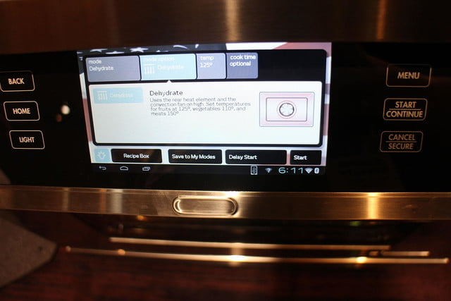 dacors voice activated oven debuts at ces 2015 dacor discovery iq dual fuel range 0252