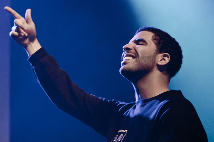 Could Drake make an appearance in season 2 of The Handmaid's Tale?
