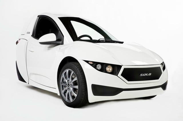 electra meccanica solo unveiled front view right corner