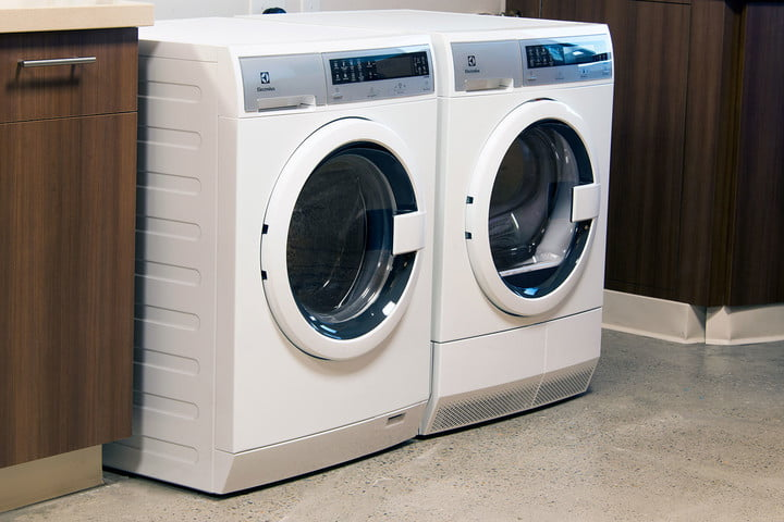 washer and dryer sharing electrolux suggests an uber for laundry service eled200qsw side 2
