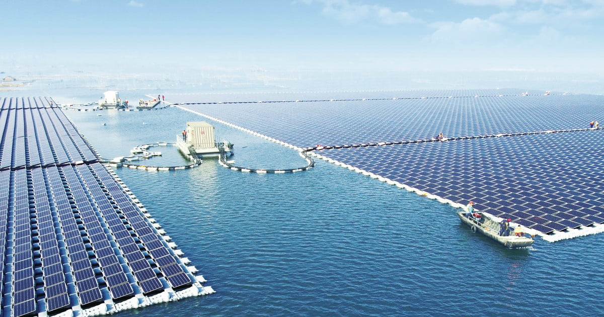 The world's largest floating solar power plant just went online in China