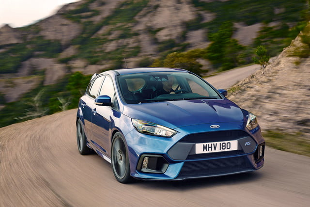 ford focus rs pricing performance specs news 02
