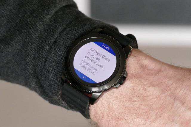 fossil gen 5e review outlook notifications