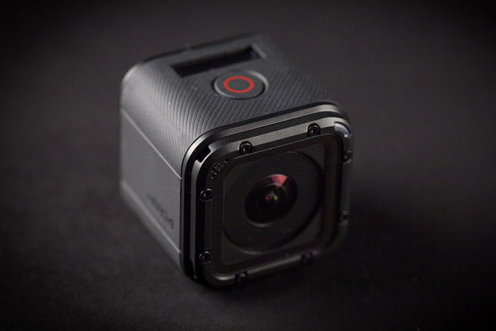 GoPro Hero 4 session hands on lens top angle