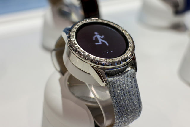 guess connect touch smartwatch first impressions 52