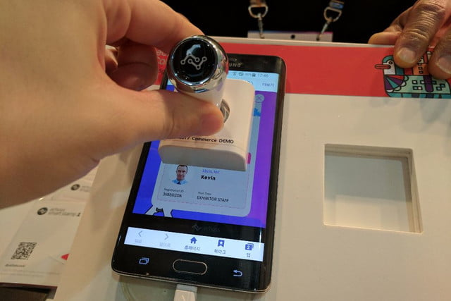 echoss smart stamps mwc 2017 img 20170227 174716