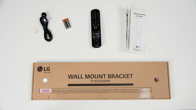 LG G1 Gallery Series OLED TV Out of the Box