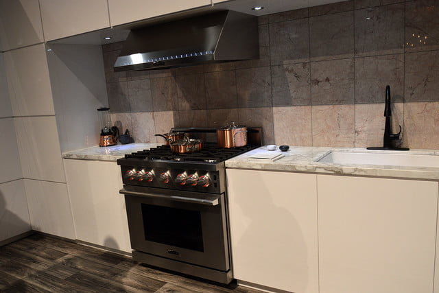signature is a luxury smart appliance brand from lg kitchen suite gas range 0371