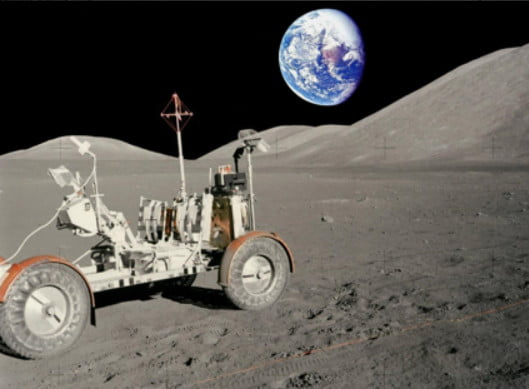 polaris builds lunar rover vehicle replica with indian slingshot and rzr parts lrv original