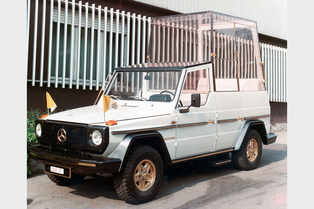 10 sweet popemobiles that will make you wish held the keys of heaven mercedes benz 230 g popemobile  1980 2005dig1033