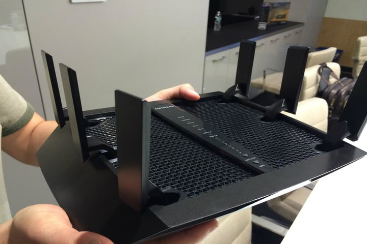 netgears new tri band six antenna router designed homes 9 devices netgear 1