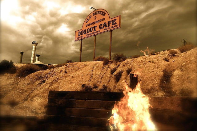 coober pedys residents live in underground dugouts old miners dugout cafe 0013