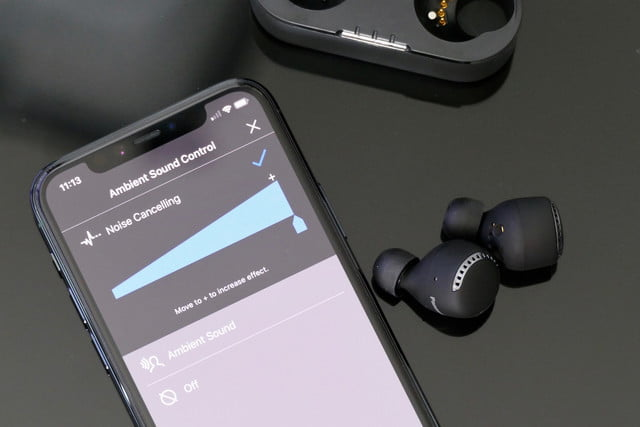 Panasonic RZ-S800W with noise cancelation adjustment in app