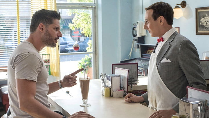 Joe Manganiello and Paul Reubens in Pee-wee's Big Holiday