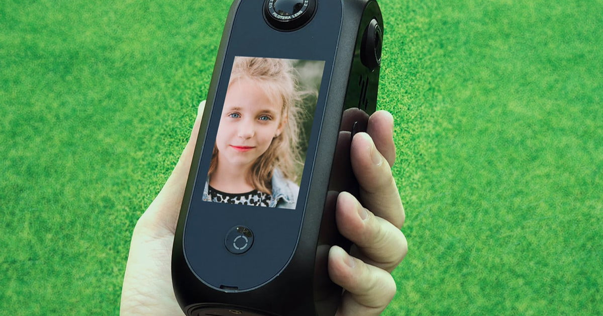 With Android built in, Pilot Era stitches 360 in 8K, no computer necessary