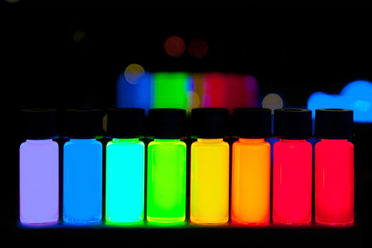 quantum dots with emission maxima in a 10 nm step are being produced at plasmachem in a kg scale 2