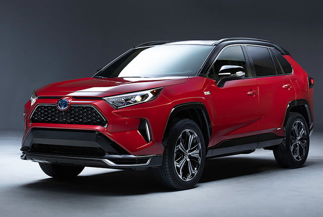 toyotas e volution continues with 2021 mirai and rav4 plugin 001