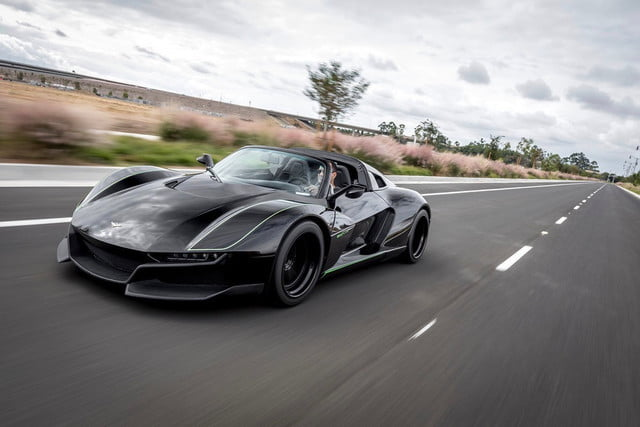 Rezvani Beast Alpha X Black Bird