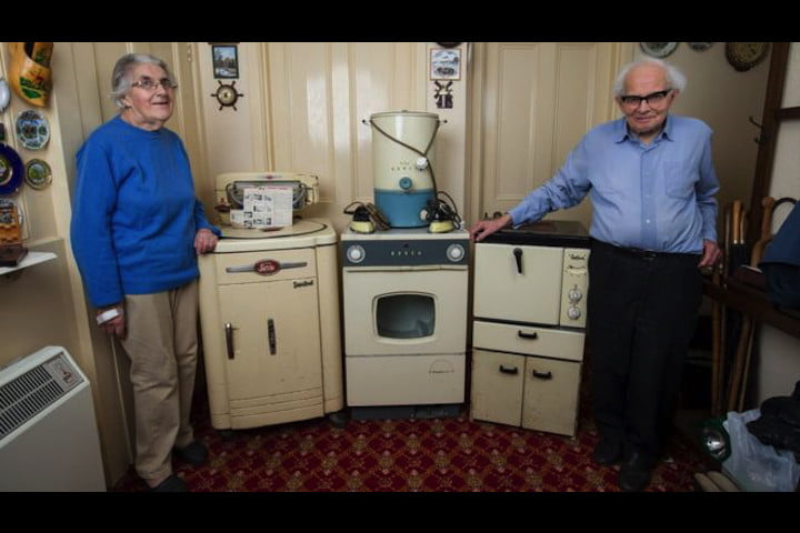 Saunders 55-year-old tumble drier