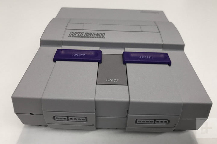 SNES Classic hands on review front top angle
