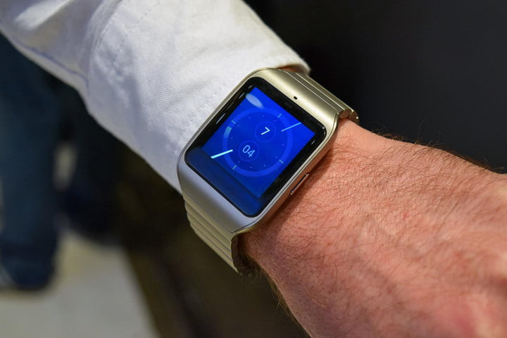 sony press event mwc 2016 news smartwatch 3 silver ces