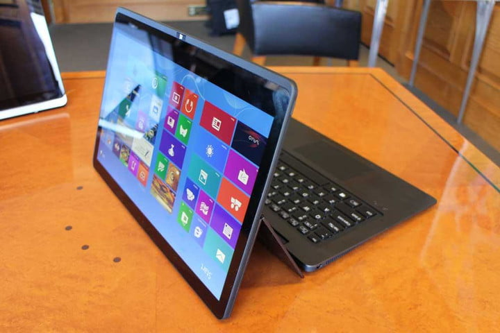 sonys new vaio flip line takes a gymnasts approach to hybrid laptop sony lead dt