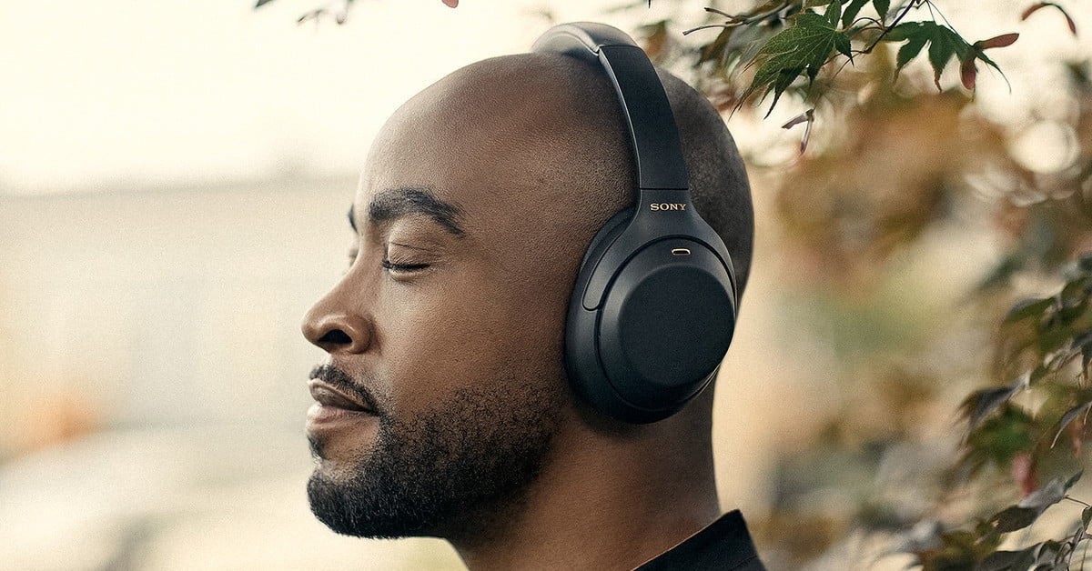 Save $70 on Sony WH-1000XM4 headphones for Cyber Monday