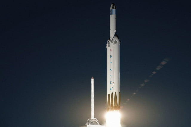 spacex announces mars mission for 2018 red dragon 007