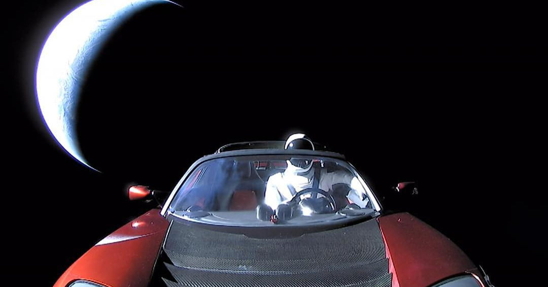 Elon Musk's Tesla Roadster just whizzed past Mars