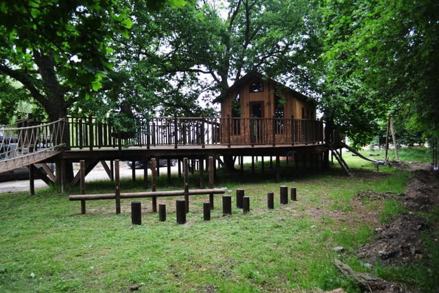 retreat from society and relax in these idyllic cabins around the world nook treehouse 7