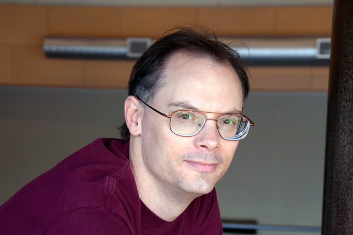 epic games tim sweeney htc vive outselling oculus rift