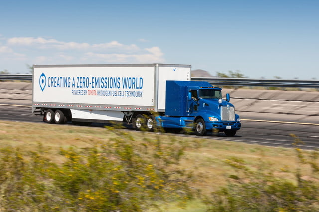 Toyota Project Portal hydrogen fuel-cell truck